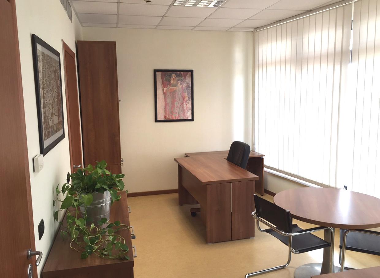 Ufficio-tavolo-tondo